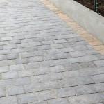 Cobble Paving - different colour edge for contrast